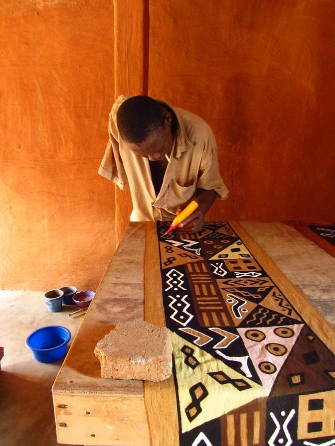 making-mud-cloth